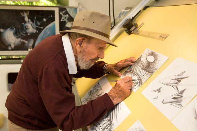 Fresco kresliac skicu