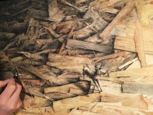 Práca španielskeho street artového umelca Pejac-a je známa po celom svete. Jeho nezrovnateľné kreatívne výstrelky šokujú fanúšikov a predstavujú neustále novú, zatial neodhalenú dimenziu v oblasti výtvarného umenia