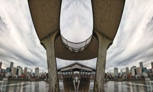 David McLaughlin kreatívny umelec pochádzajúci z mesta Portland v štáte Oregon v USA vo svojej serii nazvanej Roadschach sa pohral s perspektívou veľmi zaujímavým spôsobom