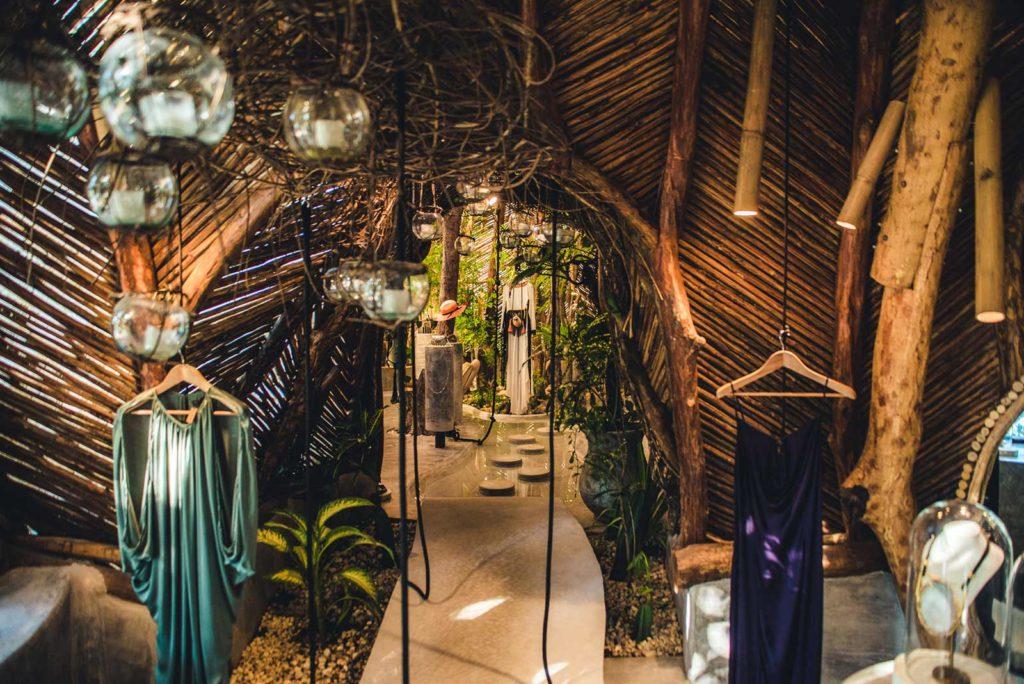 organicka architektura predajne v dalekom mexiku