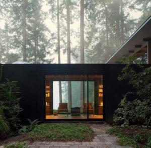 drevena chata v amerike ktora stoji od roku 1959